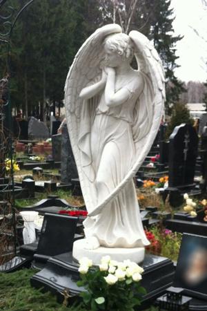 памятники на могилу фото