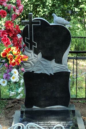 надгробие из гранита фото